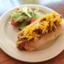 Chilli Hotdog (LAE Cottages)